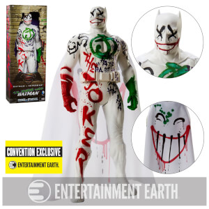Batman v Superman: Jokers Wild Batman - Comic Convention Exclusive 19-inch Figure
