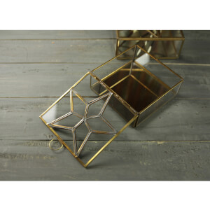 Nkuku Bequai Star Collections Box - Antique Brass: Image 3