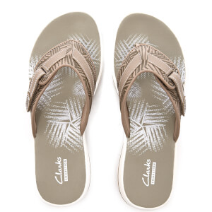Clarks Women's Brinkley Quade Toe Post Sandals - Sand