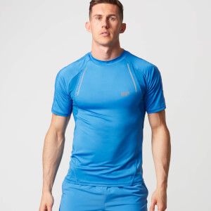 Myprotein Strike Football T-Shirt