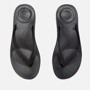 FitFlop Women's Iqushion Ergonomic Flip Flops - All Black