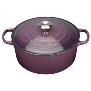 Le Creuset Signature Cast Iron Round Casserole Dish - 28cm - Cassis