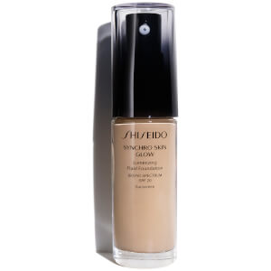 Shiseido Synchro Skin Glow Luminizing Foundation 30ml (Various Shades)