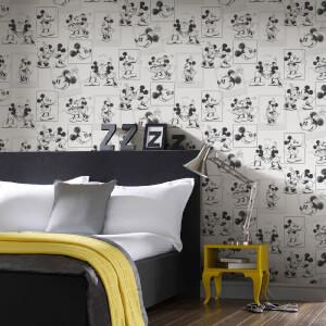 Disney Mickey and Minnie Black/White Sketch Wallpaper