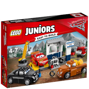 LEGO Juniors: Cars 3: Le garage de Smokey (10743)