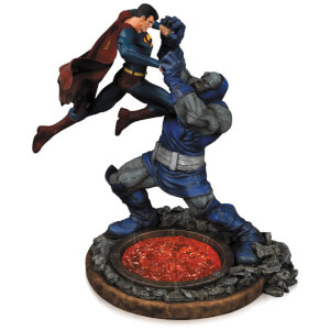 DC Comics Superman Vs Darkseid Second Edition Statue