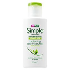 Simple Protecting Light Moisturiser - SPF 15
