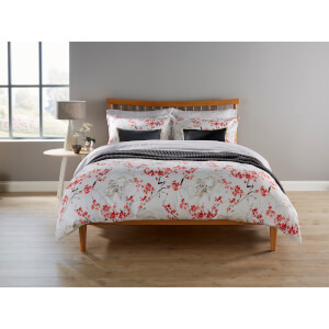 Christy Haruki Duvet Cover - Coral