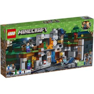 LEGO Minecraft: Abenteuer in den Felsen (21147)
