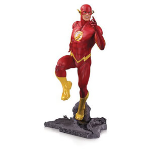 DC Core The Flash PVC Statue 23cm