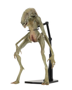 "NECA Aliens - 7"""" Scale Action Figure - Deluxe Alien Resurrection Newborn"