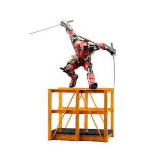 Kotobukiya Marvel Universe Cooking Deadpool ArtFX+ Statue