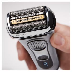 Braun Series 9 Electric Shaver 9292CC: Image 3