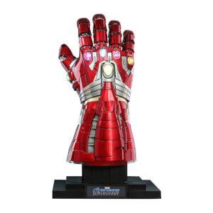 Réplique Taille Réelle du Gant de l'infini Nano Hulk de Avengers: Endgame, échelle 1:1 (71cm)– Hot Toys