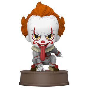 Mini-statuetta Cosbaby di Pennywise, da IT: Capitolo Due, Hot Toys, 10 cm