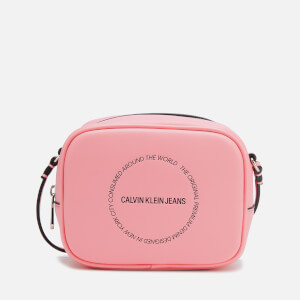 Calvin Klein Jeans Women's Sculpted Camera Bag - Pink Panther