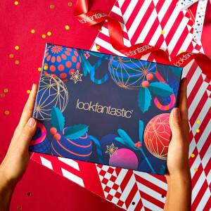 Lookfantastic 2019年12月圣诞限定美妆礼盒 (价值超过¥450)