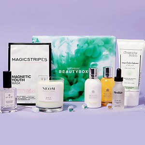 The Science of Beauty Limited Edition Beauty Box (Worth over €240)