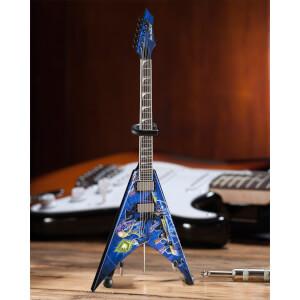 Axe Heaven Megadeath Signature V Rust In Peace Miniature Guitar Replica