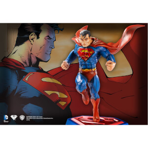 DC Comics Superman - Comic Book Edition Sculpt