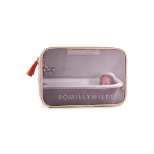 Romilly Wilde The Alexa Washbag