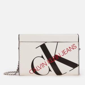 Calvin Klein Jeans Women's Logo Chain Cardcase Cross Body Bag - Bright White