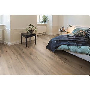EGGER HOME Oak Solid Smoke 7mm Laminate Flooring