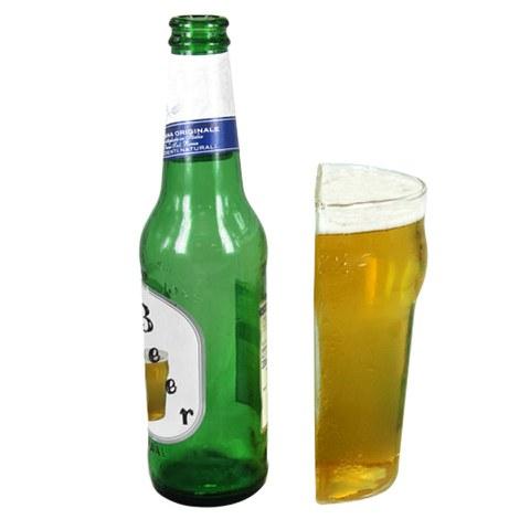 Eine Halbe bitte - Bierglas