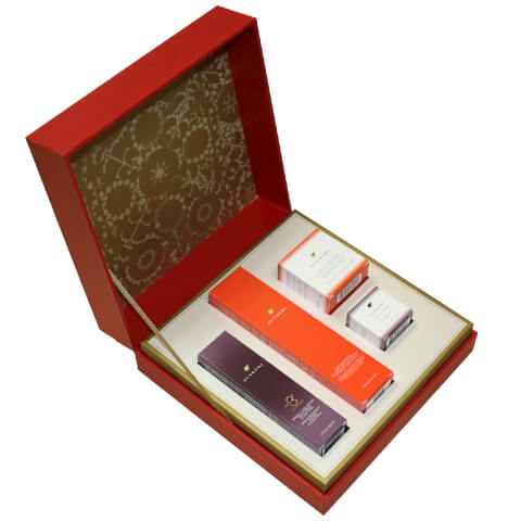 Sundari Signature Gift Set For Normal and Combination Skin (Worth $191.00)