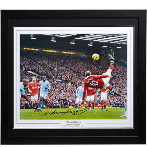 Wayne Rooney Signed and Framed 16 x 20 Photograph