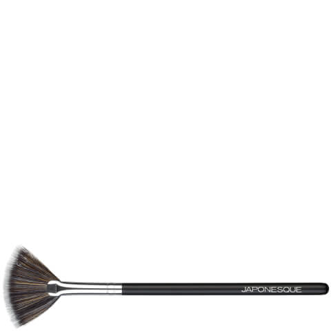 JAPONESQUE | Japonesque Highlighter Fan Brush | Goxip