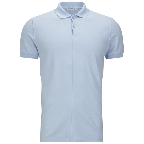 Polo Shirts Polo shirts have a great look and feel and became popular within the last 80 years because of their great versatility. Blank Shirts offers name brand blank Polo Shirts such as Sport-Tek, Port Authority, and CornerStone.