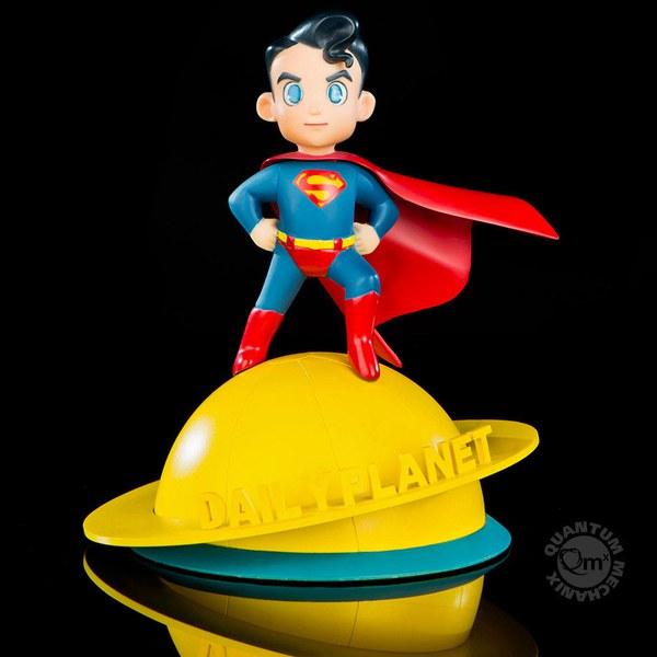 Quantum Mechanix DC Comics Superman Q-Pop Action Figure
