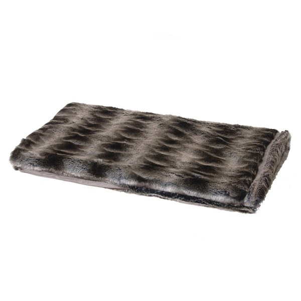 Bark & Blossom Chunky Faux Fur Throw with Stripe Effect