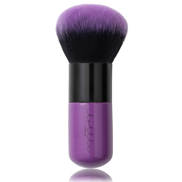 Brocha Kabuki Babe Brush de Lottie London