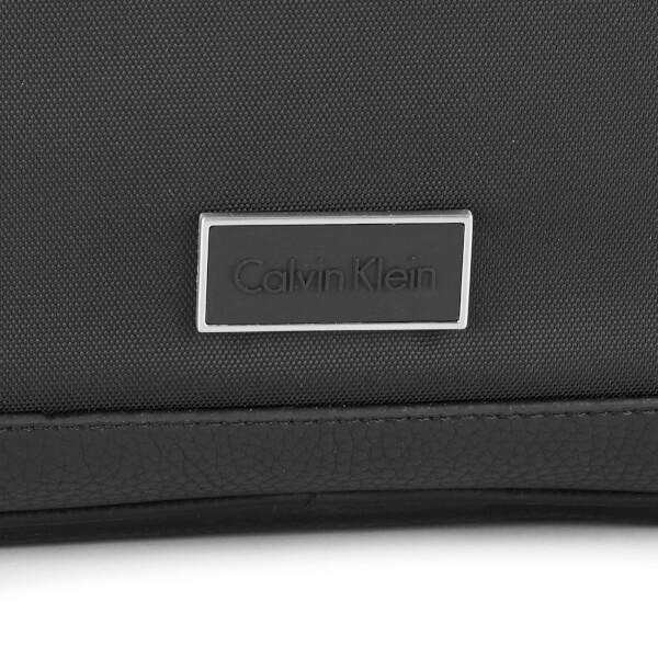 Calvin Klein Men s Ethan Nylon Laptop Bag - Black  Image 3 7315cf2e11ac7