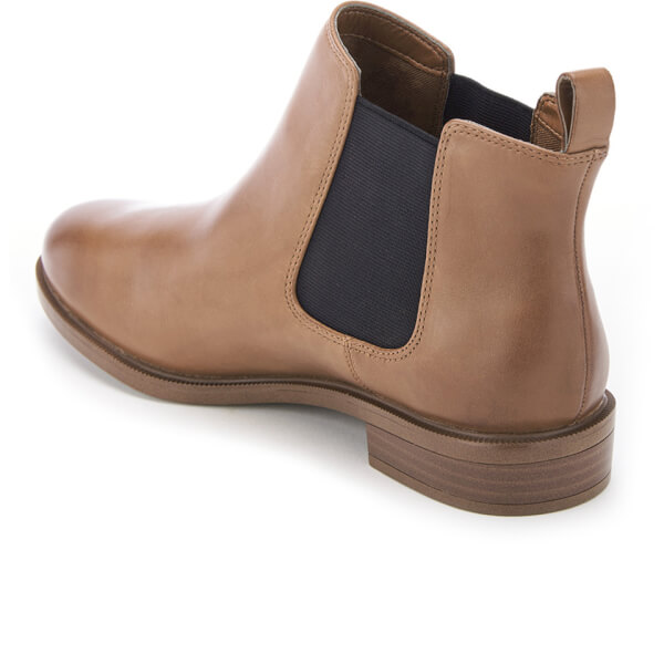Clarks Women S Taylor Shine Leather Chelsea Boots Tan