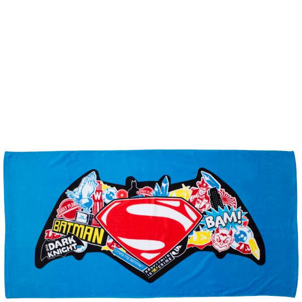 Batman v Superman Clash Bath Towel - 70 x 140cm