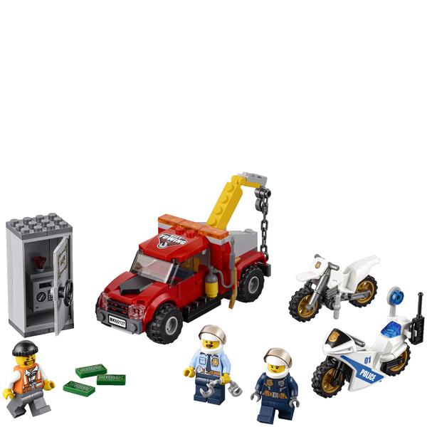 lego city abschleppwagen auf abwegen 60137 spielzeug. Black Bedroom Furniture Sets. Home Design Ideas