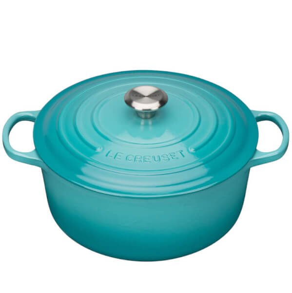 le creuset signature cast iron round casserole dish 28cm teal iwoot. Black Bedroom Furniture Sets. Home Design Ideas