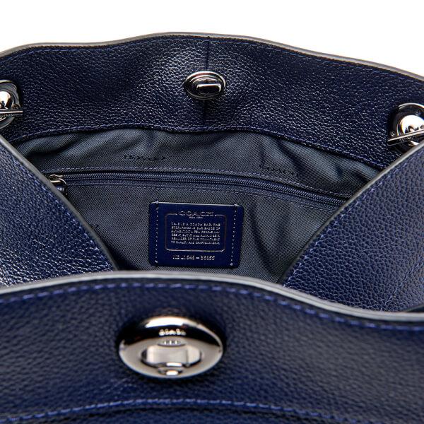 Coach Women s Turnlock Edie Shoulder Bag - Navy  Image 4 84365af8d5c80
