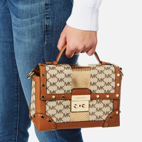 6c5df5767ae4 MICHAEL MICHAEL KORS Women s Centre Stripe Cori Small Trunk Bag - Natural   Image 3