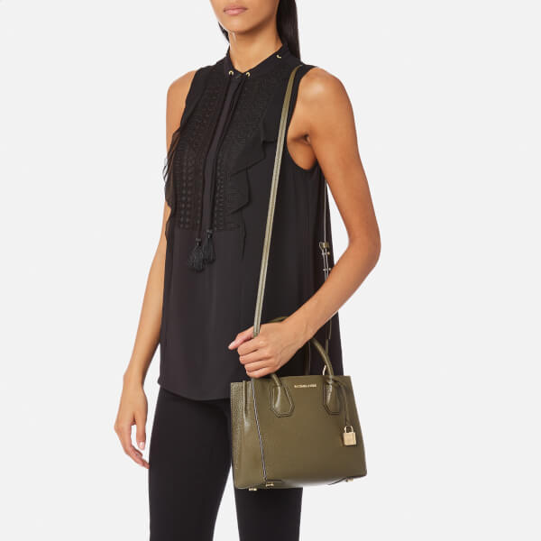0296a7127bf0 MICHAEL MICHAEL KORS Women's Mercer Medium Messenger Bag - Olive: Image 3