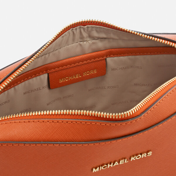677d940b309d MICHAEL MICHAEL KORS Women's Jet Set Large East West Cross Body Bag - Orange:  Image