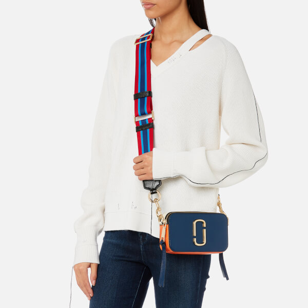 d33fbdd180a8 Marc Jacobs Women s Snapshot Cross Body Bag - Blue Sea Multi  Image 3