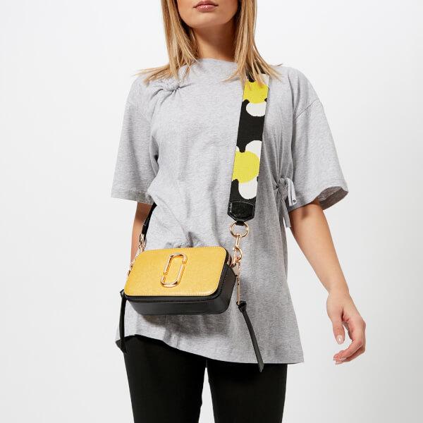 Marc Jacobs Women s Snapshot Cross Body Bag - Sunshine Multi  Image 3 bf7fff229b635
