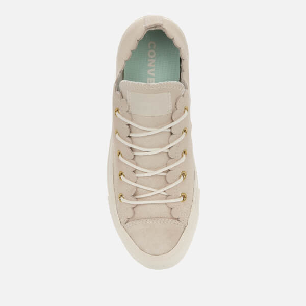73202be55457b4 Converse Women s Chuck Taylor All Star Scalloped Edge Ox Trainers -  Egret Gold  Image