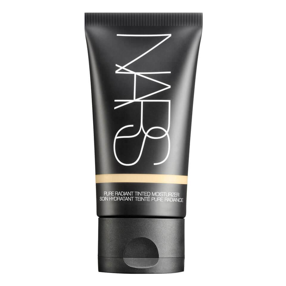 nars-cosmetics-pure-radiant-tinted-moisturiser-spf30pa-finland