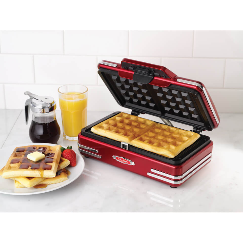 smart-retro-waffle-maker