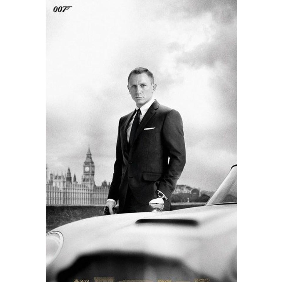 james-bond-db5-skyfall-24-x-36-inches-maxi-poster